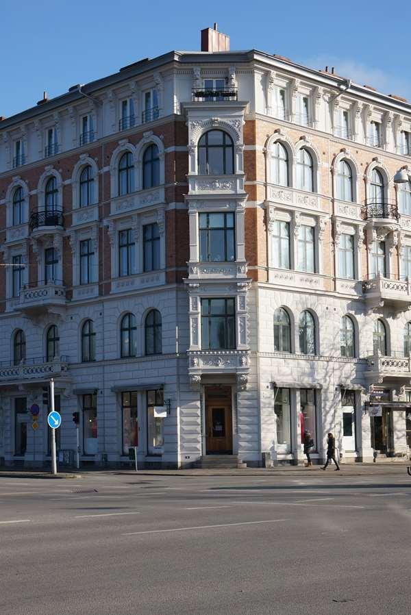 b80f240ef39a Kläder till bröllop, fest & präster - Skräddarhuset Malmö